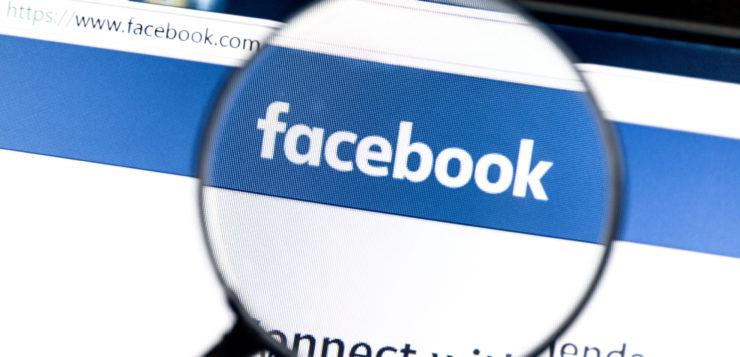 6 stand-uperów, których warto śledzić na Facebooku